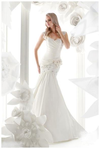 Красно Белое Платье Купить