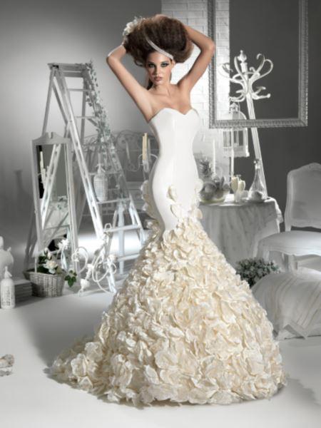 Свадебное экстравагантное платье