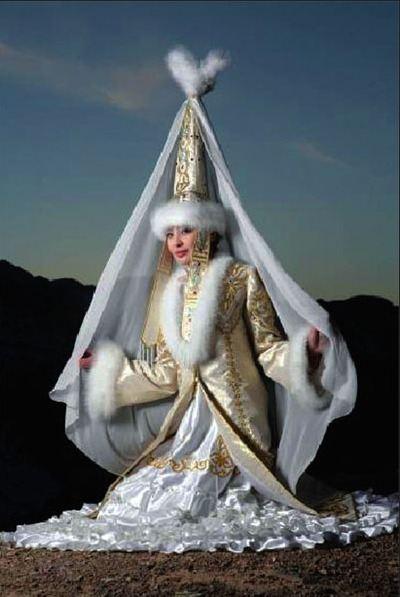 0ef25fad247 Казахские национальные свадебные платья