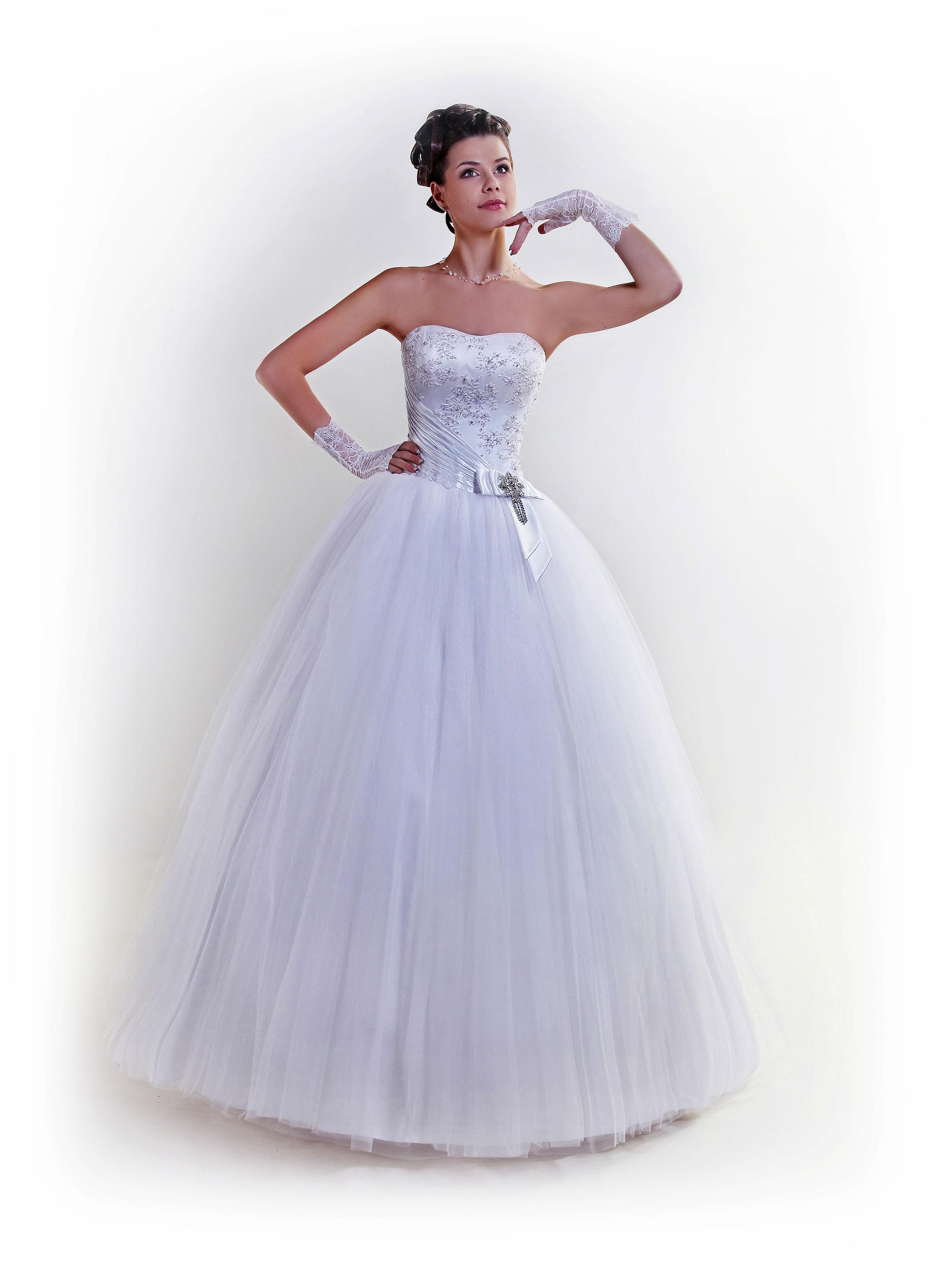 Купить свадебное платье в Москве. Существует большое разнообразие свадебных салонов в