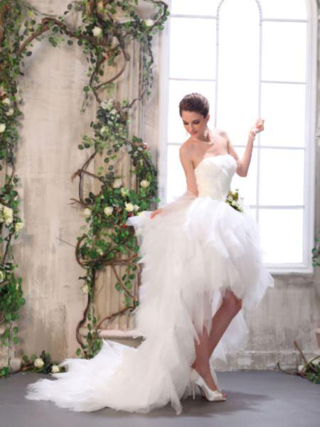 Wedding Saloon :: Короткое свадебное платье со шлейфом - Свадебные