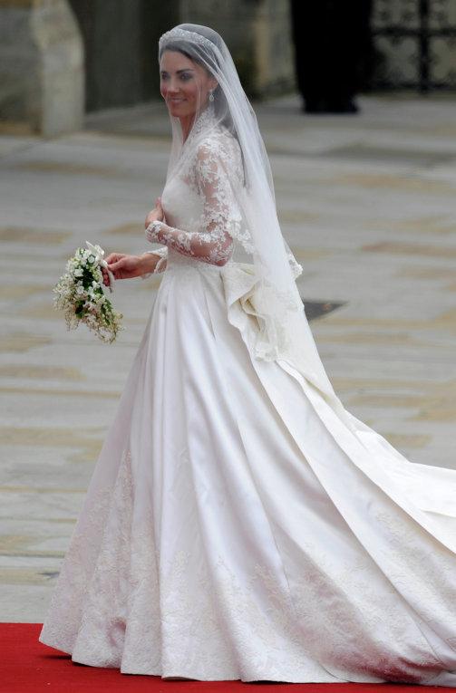 Самые дорогие свадебные платья мира