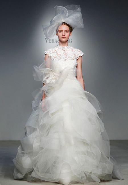 ...рода цели - это свадебные платья с бантом.  Учитывая то, что данную.