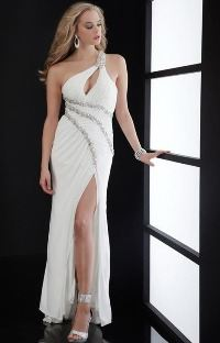 Шикарное платье с разрезом сбоку