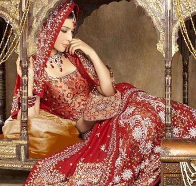Свадебные платья в национальном стиле.
